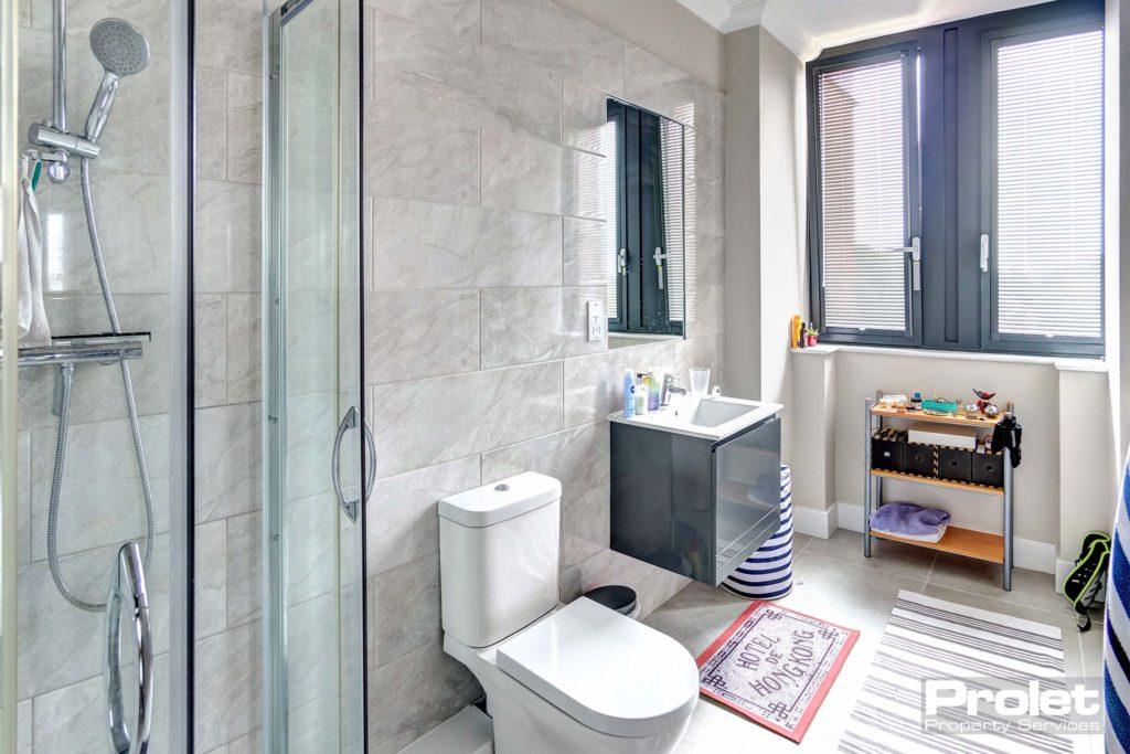 193SentinelHouse-bathroom