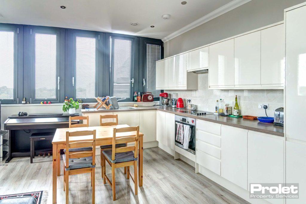 193SentinelHouse-kitchen