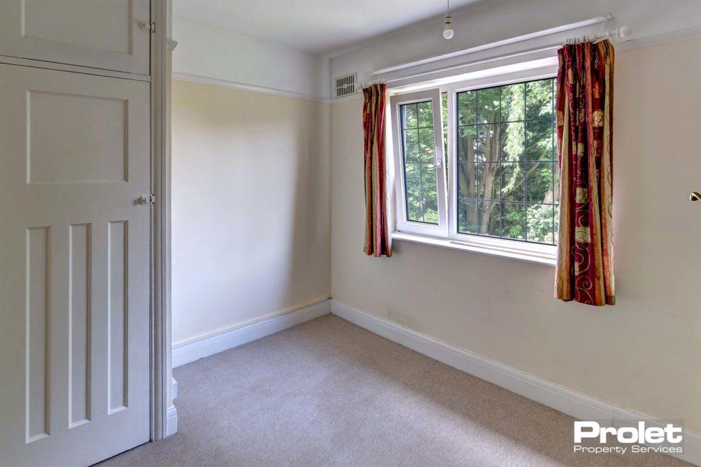 6LeopoldRd-bedroom3