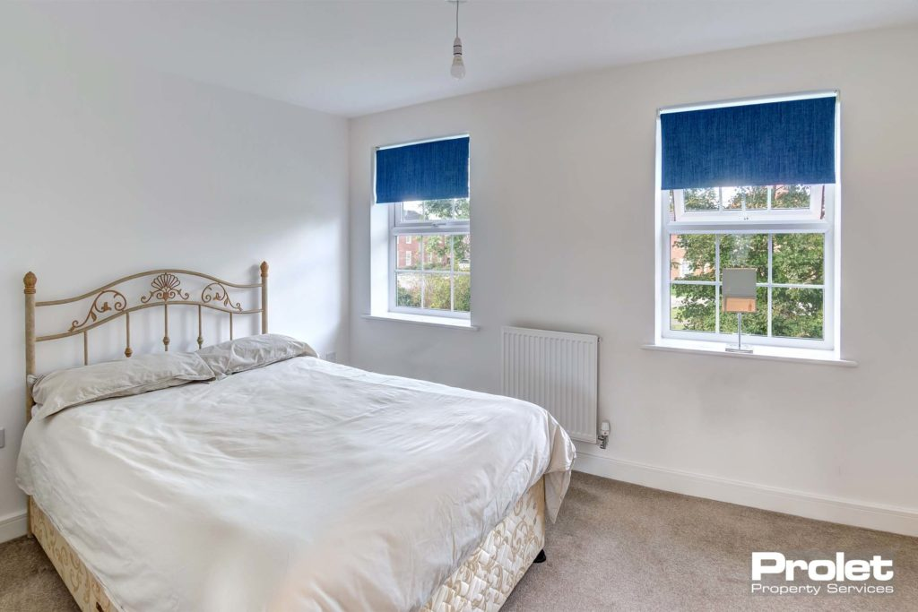 3CordwainerClose-bedroom1_b